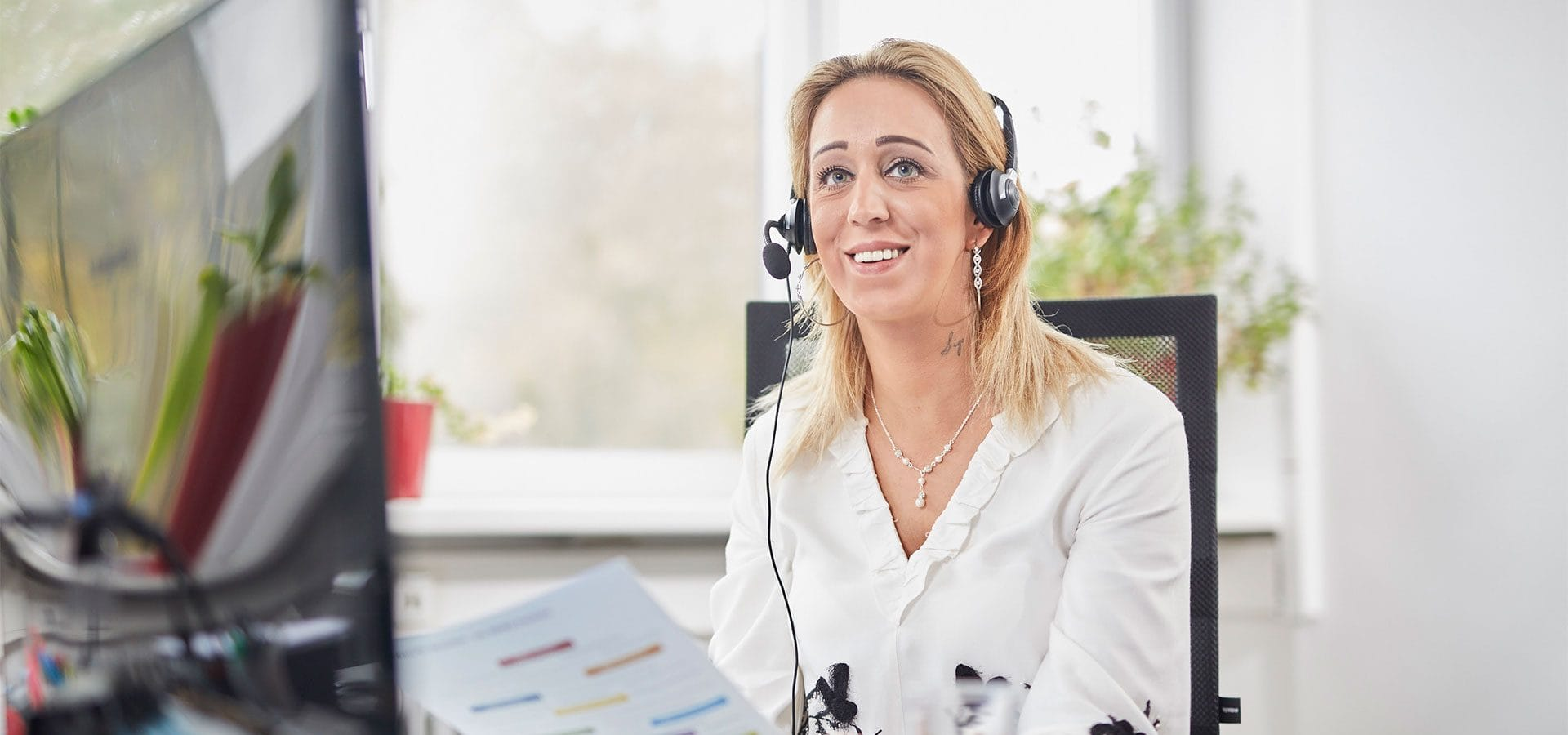 Vertriebsagentur Tanja am telefon kaltakquise vertrieb beratung
